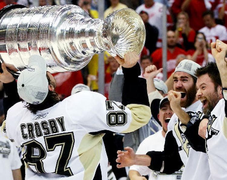 Crosby Stanley Cup 2017.jpg